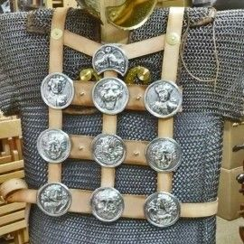 10 PHALERAE SET WITH LEATHER HARNESS